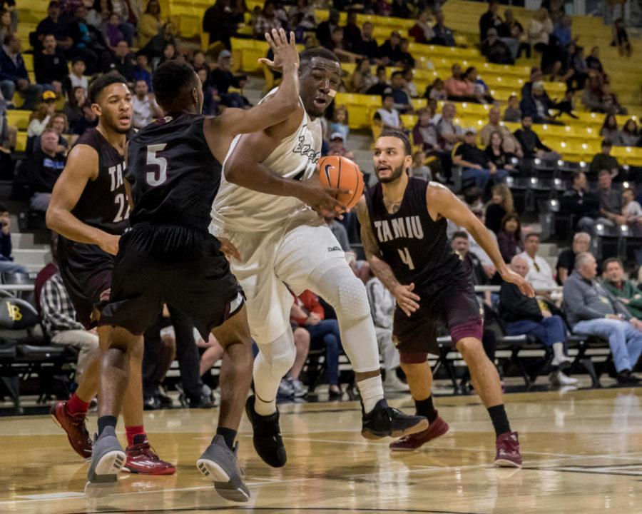 Long+Beach+State+junior+forward+Temidayo+Yussuf+makes+a+move+in+the+post+in+Saturday%27s+game+against+Texas+A%26M+International+at+the+Walter+Pyramid.+